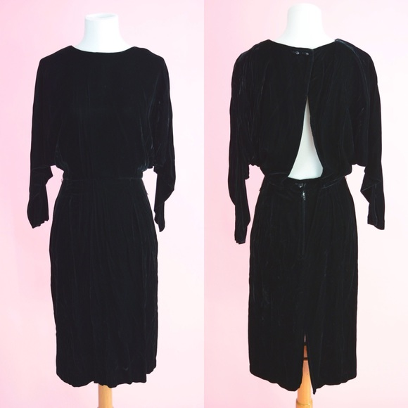 Vintage 80s Black Velvet Backless Party Dress. M 5b972b89fb38036aa90e37ca cee88fd4d